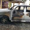 BANÍ | Niega manos criminales en incendio de vehiculo oficial