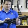 Introducen ley para reforzar controles en compras de armas