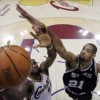 Cavaliers y Spurs pisan fuerte en estreno de la NBA