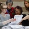 Juez federal acuerda terminar recuento electoral en Michigan