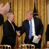 "Trump ofrece ""total respaldo"" a reemplazo de Obamacare"