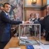 Presidente de Francia más de cerca de lograr mayoría parlamentaria