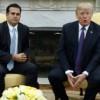 Trump insiste en resaltar trabajo en Puerto Rico pese a críticas