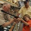 Nueva ley otorga licencias de caza a niños en Estado de Wisconsin