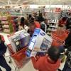 Aumentan gastos de consumidores en Estados Unidos