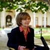 Vicegobernadora sustituirá a senador Al Franken acusado de acoso