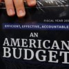 Trump propone presupuesto con recortes en gasto social y fondos para el muro