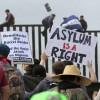 Bloquean orden de Trump contra solicitudes de asilo de migrantes