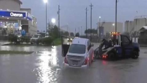Depresión tropical Imelda causa fuertes inundaciones en Texas