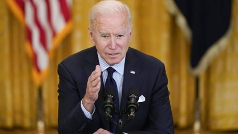 Biden defiende su plan económico ante reporte poco alentador