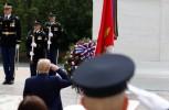 Trump participa en actos por el Memorial Day en Virginia y Maryland