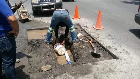 BANĺ   Trabajan averías antes de pavimentar las calles del municipio